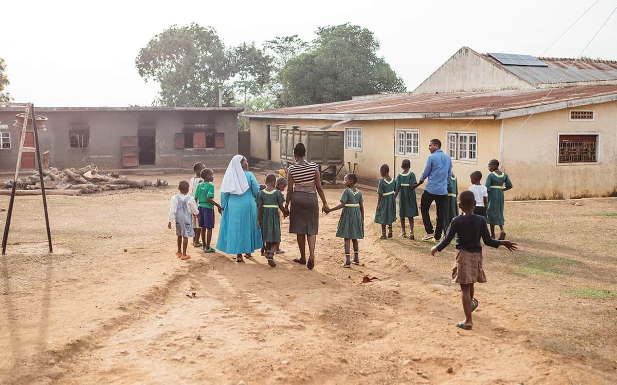 Children at Uganda orphanage